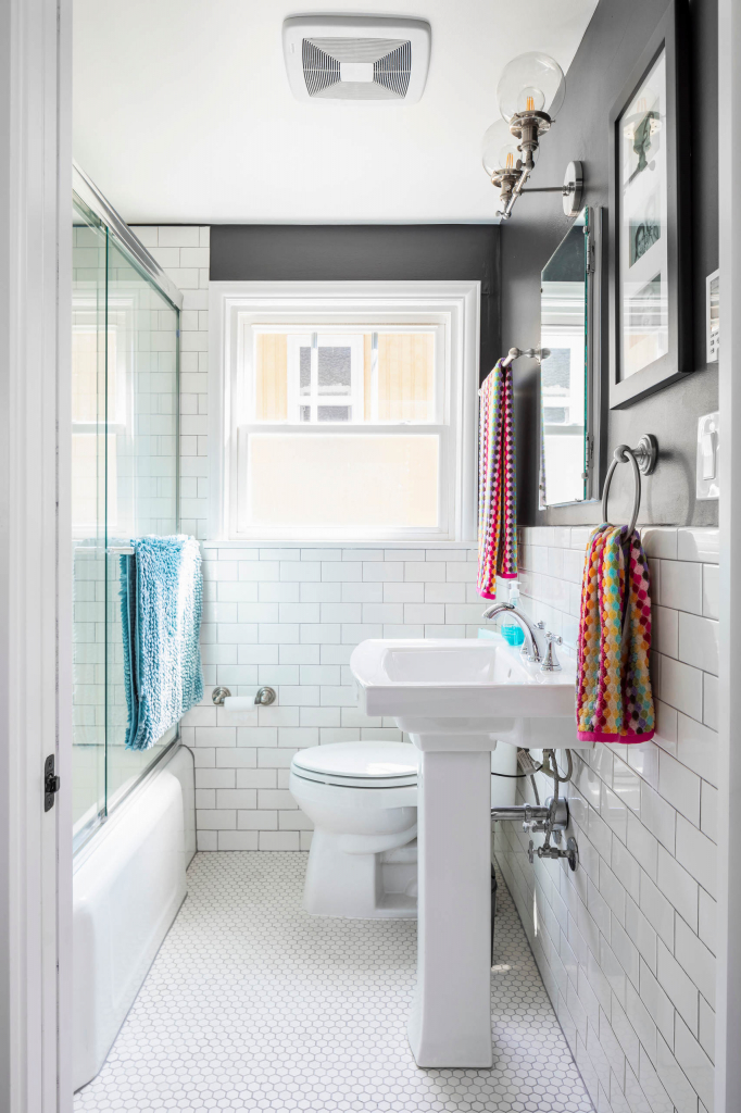 Дизайнерские приемы, которые сделают небольшую ванную комнату лучше