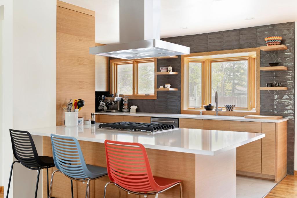 Дизайнерские приемы для увеличения маленькой кухни