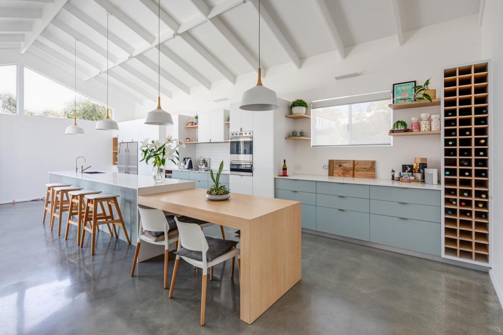 Лучшие сине-голубые оттенки для интерьера кухни и способы их применения